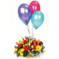 Mix flower basket with balloons